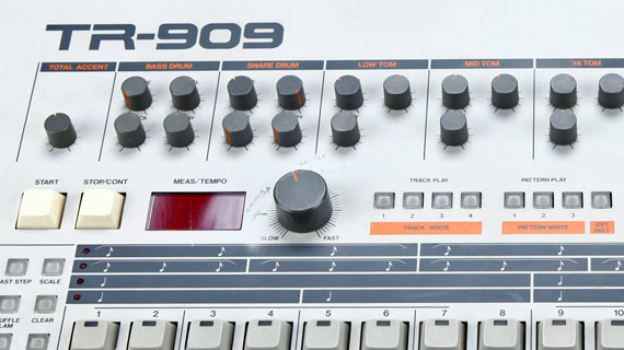 Roland TR-9 EDM NEWS